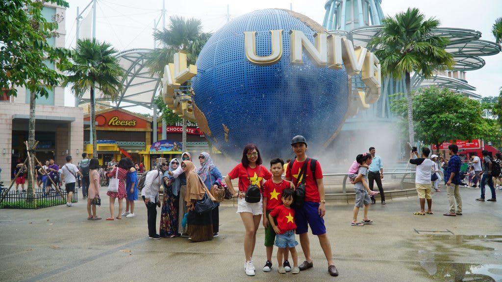 Lịch trình du lịch tự túc Singapore 4 ngày cho gia đình: universal studios singapore