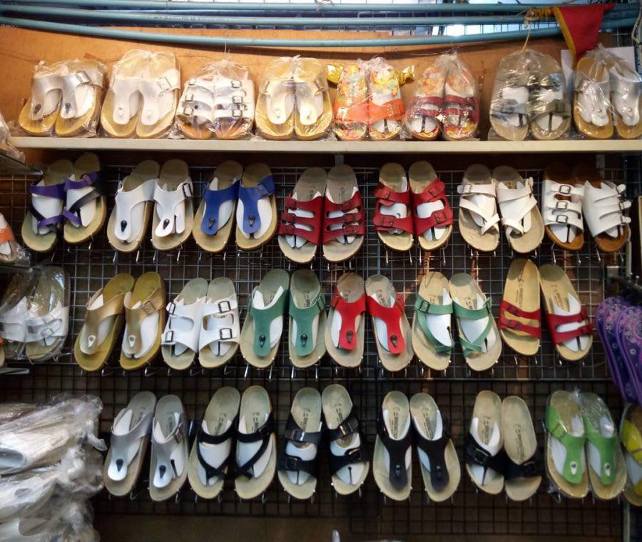 chợ đêm chatuchak là một trong những khu chợ đường phố ở bangkok