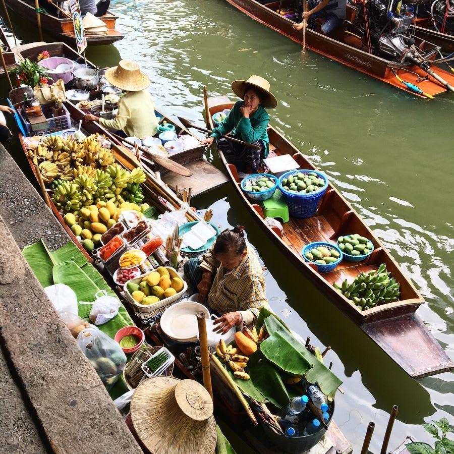 chợ nổi damnoen saduak là một trong những khu chợ đường phố ở bangkok