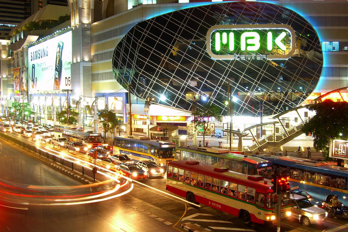 du lịch thái lan một mình cho bạn nữ: trung tâm thương mại MBK