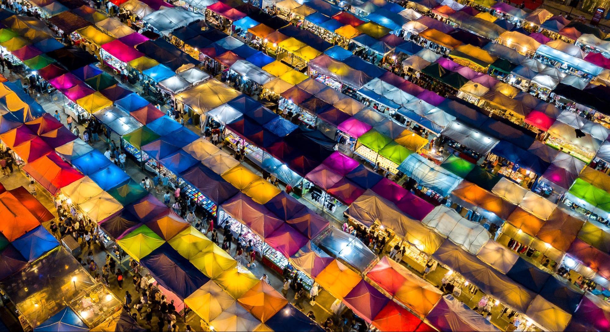 mua sắm tại thái lan: rot fai market