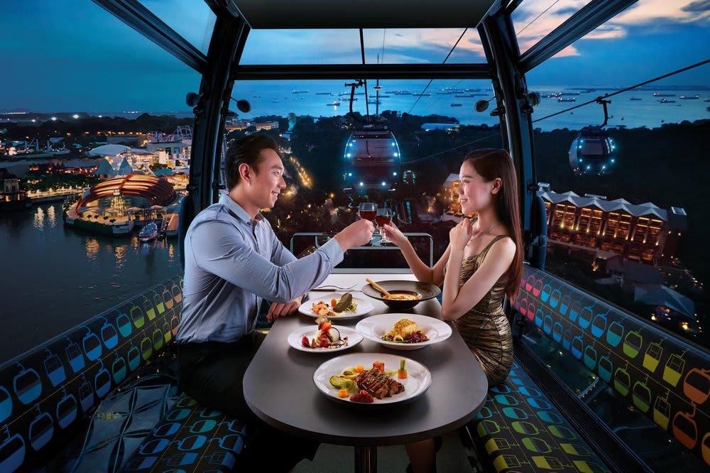 điểm đến cho các cặp đôi ở Singapore: jewel cable car