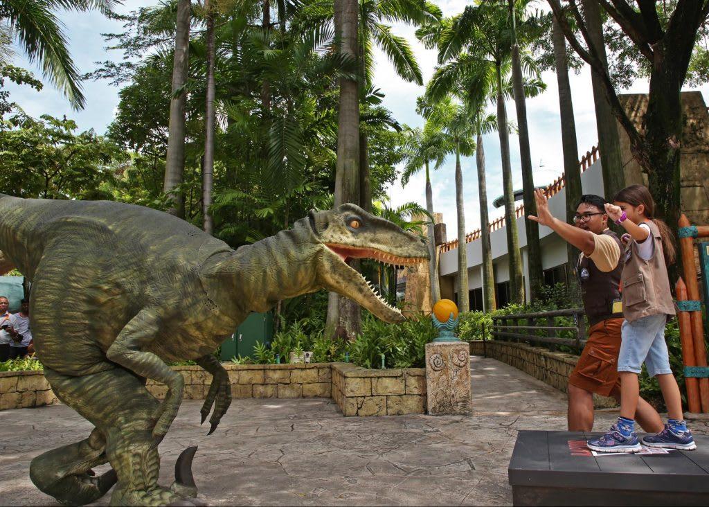 Jurassic World đã đổ bộ vào Universal Studios Singapore: raptor