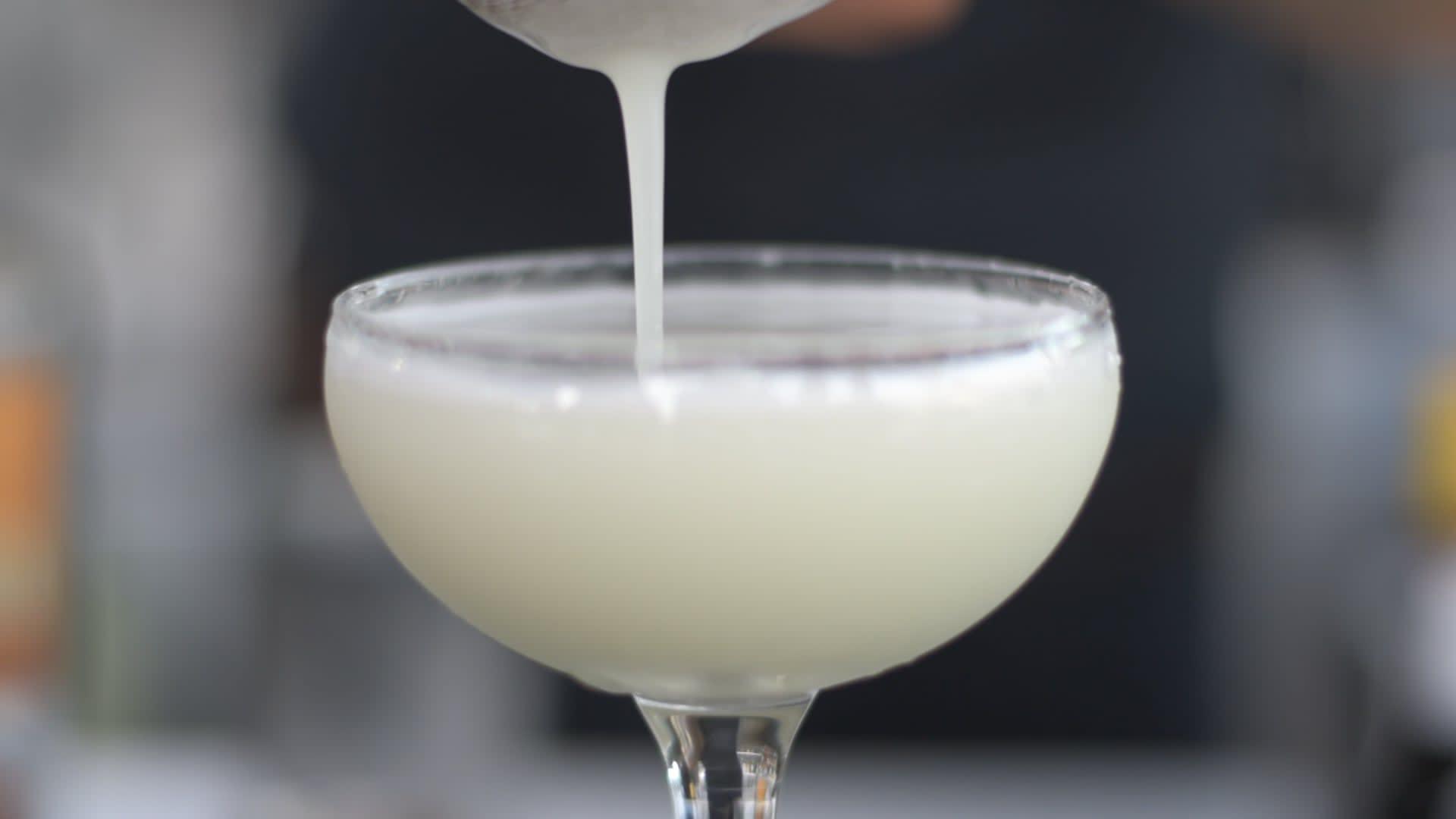 cocktail tại propeller bar: amaze on