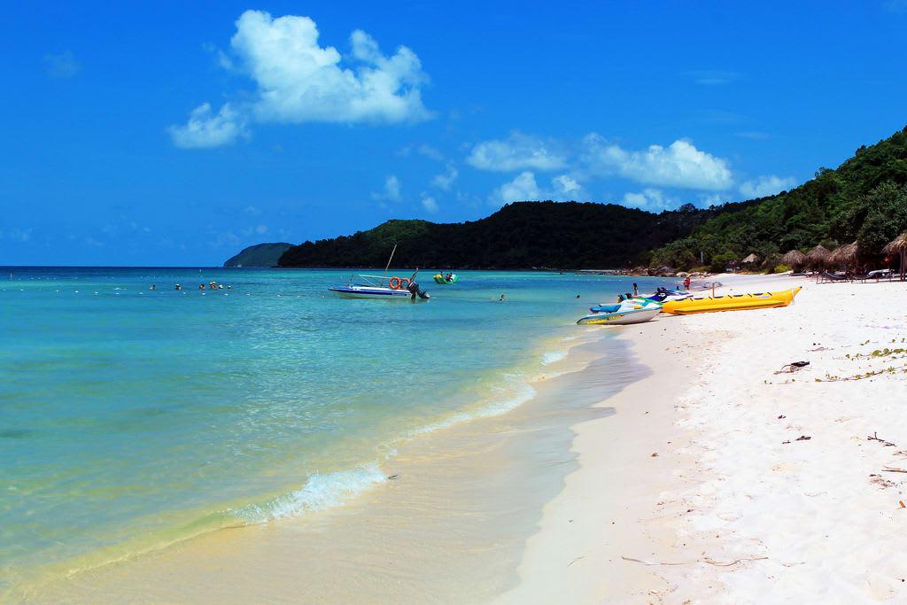 bãi biển tại nam đảo