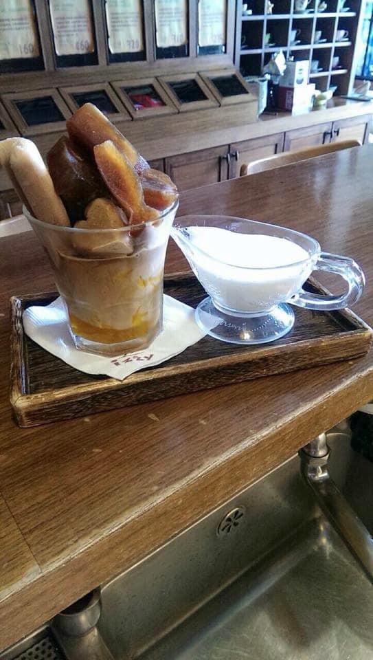 món ngon tại 4 thị trấn nổi tiếng đài loan: bánh tại izzy cafe