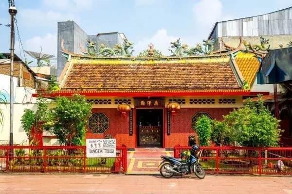các ngôi đền trung quốc ở indonesia