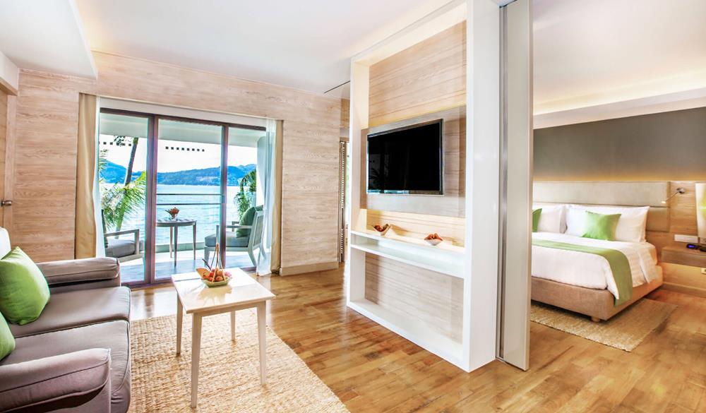phòng deluxe ocean của Amari Resort