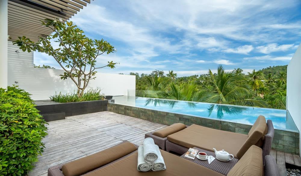 giường nghỉ dưỡng ngoài trời tại Resort Twinpalms Phuket