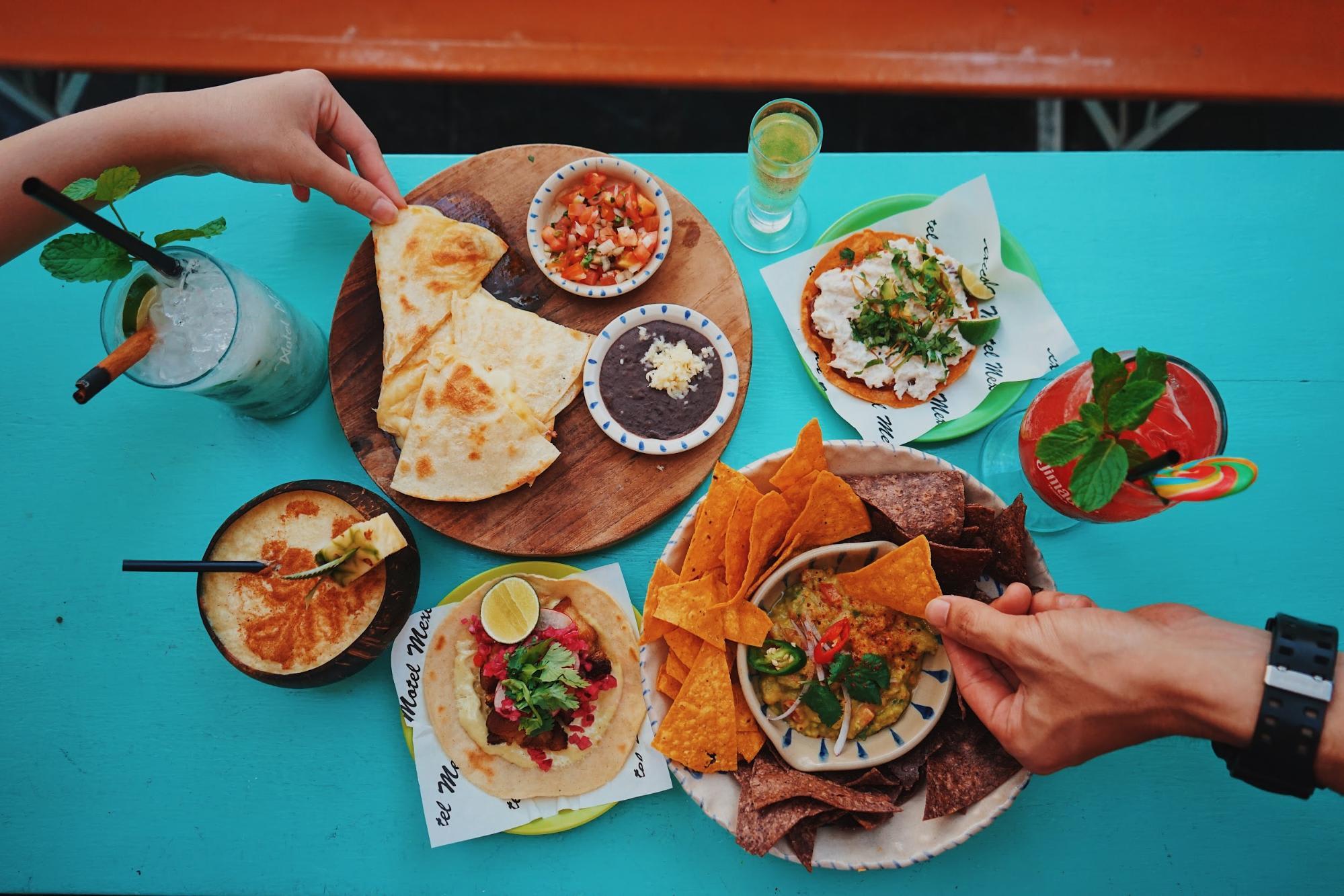 các món nachos tại Motel Mexicola