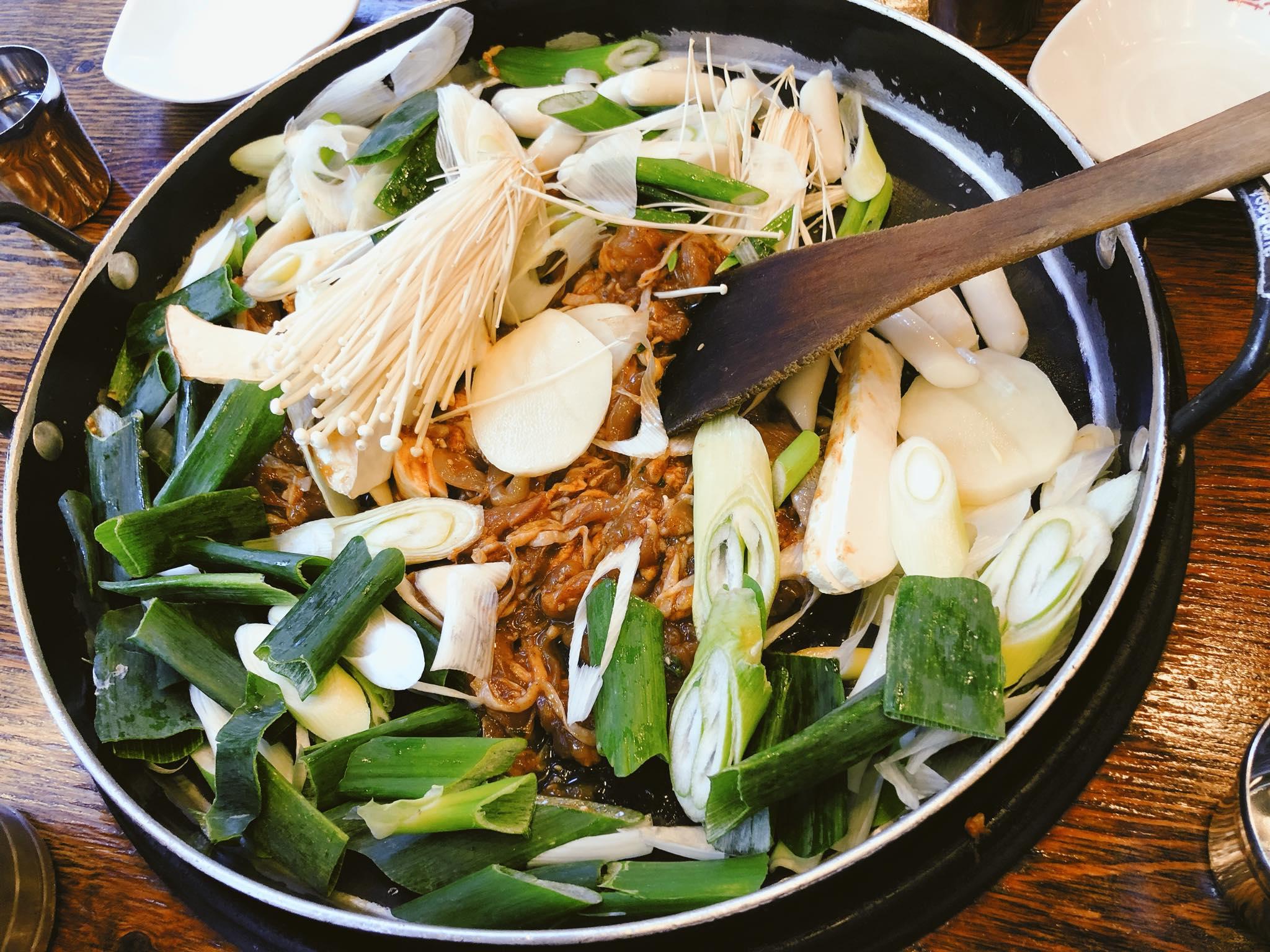 ẩm thực ở khu hongdae