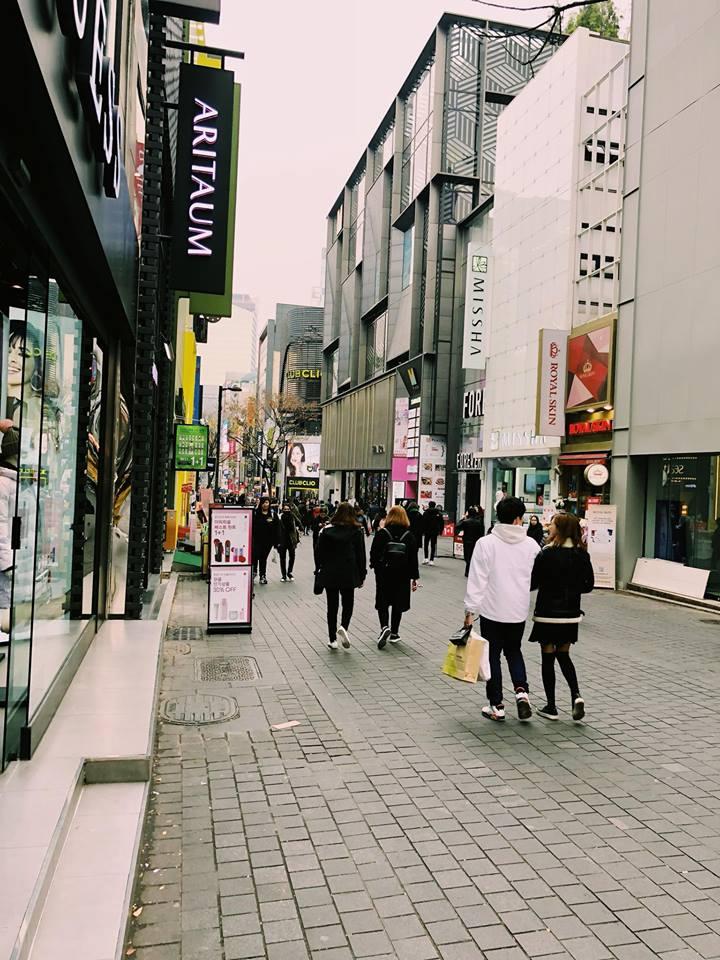 con phố shopping tại seoul