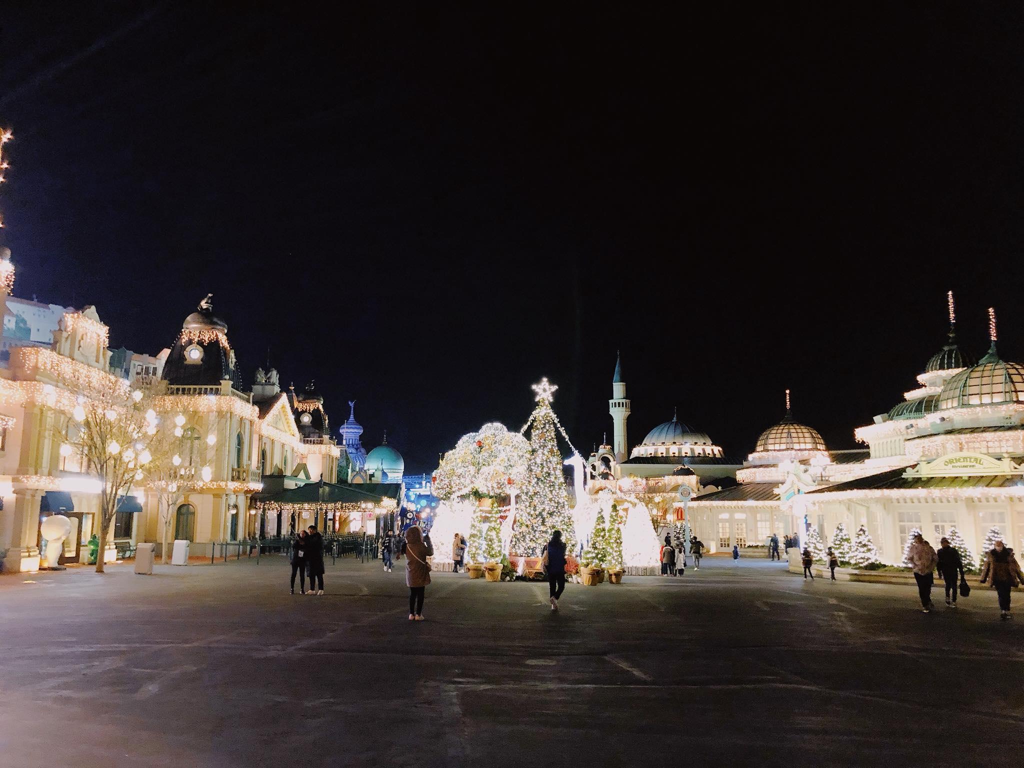 quảng trường tại seoul lên đền về đêm