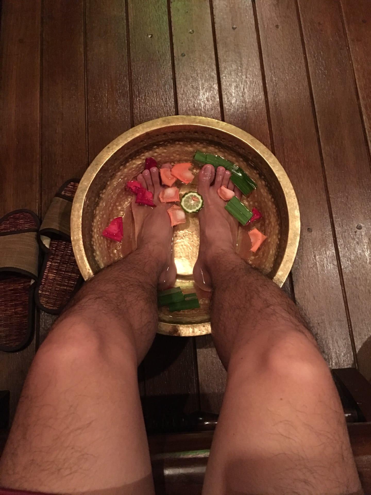 ngâm chân tại cheeva spa
