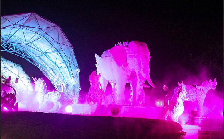 show diễn tại sở thú night safari chiang mai