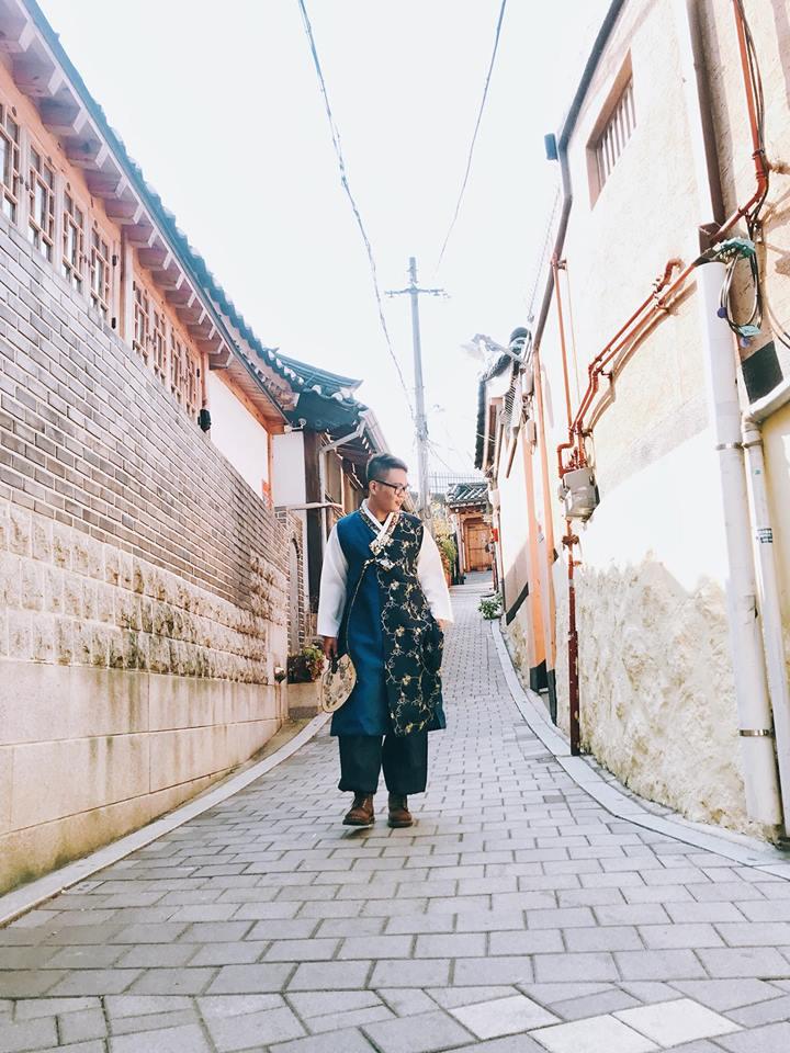 mặc hanbok chụp hình tại làng hanok bukchon
