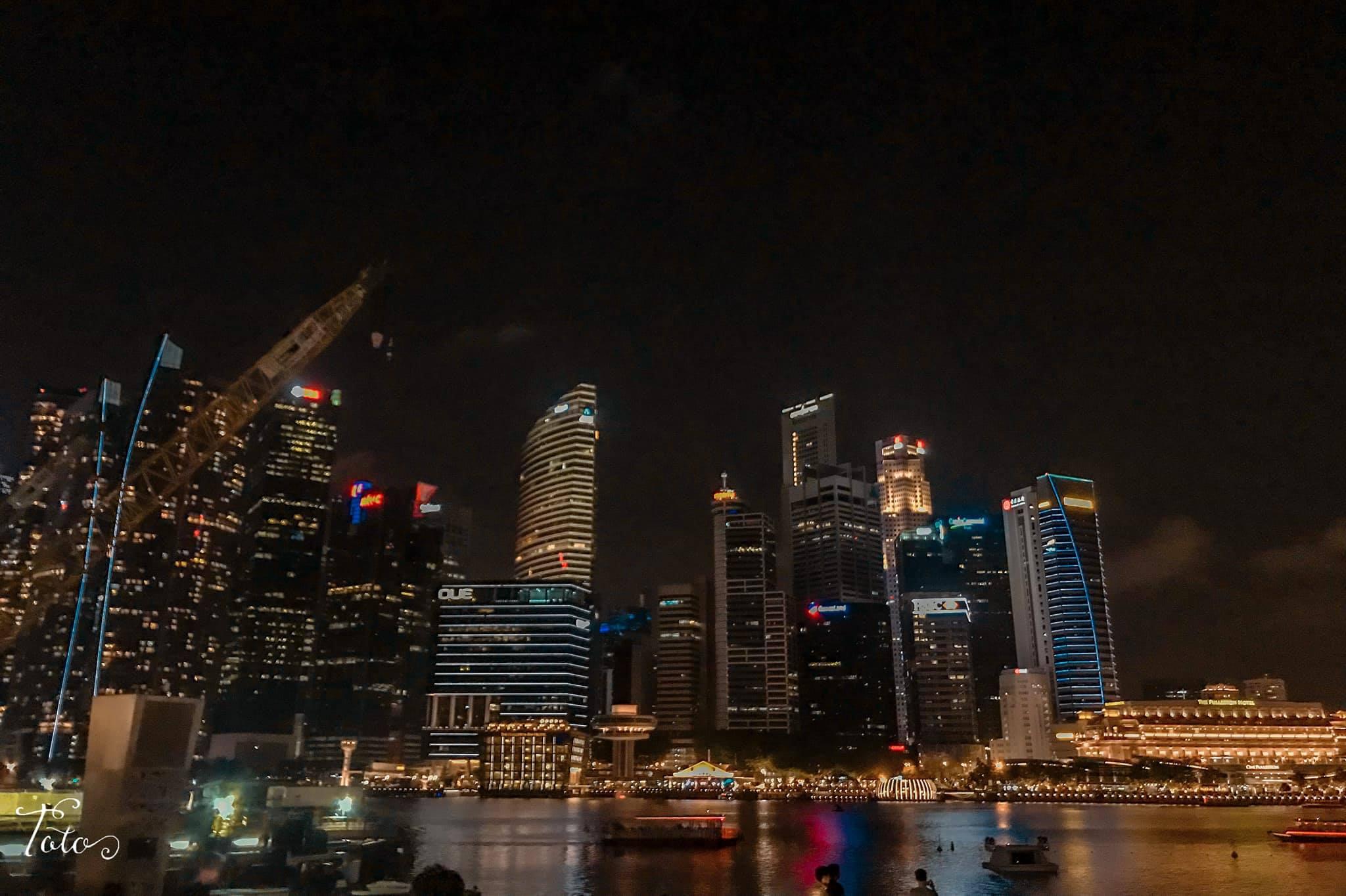 marina bay vào buổi tối