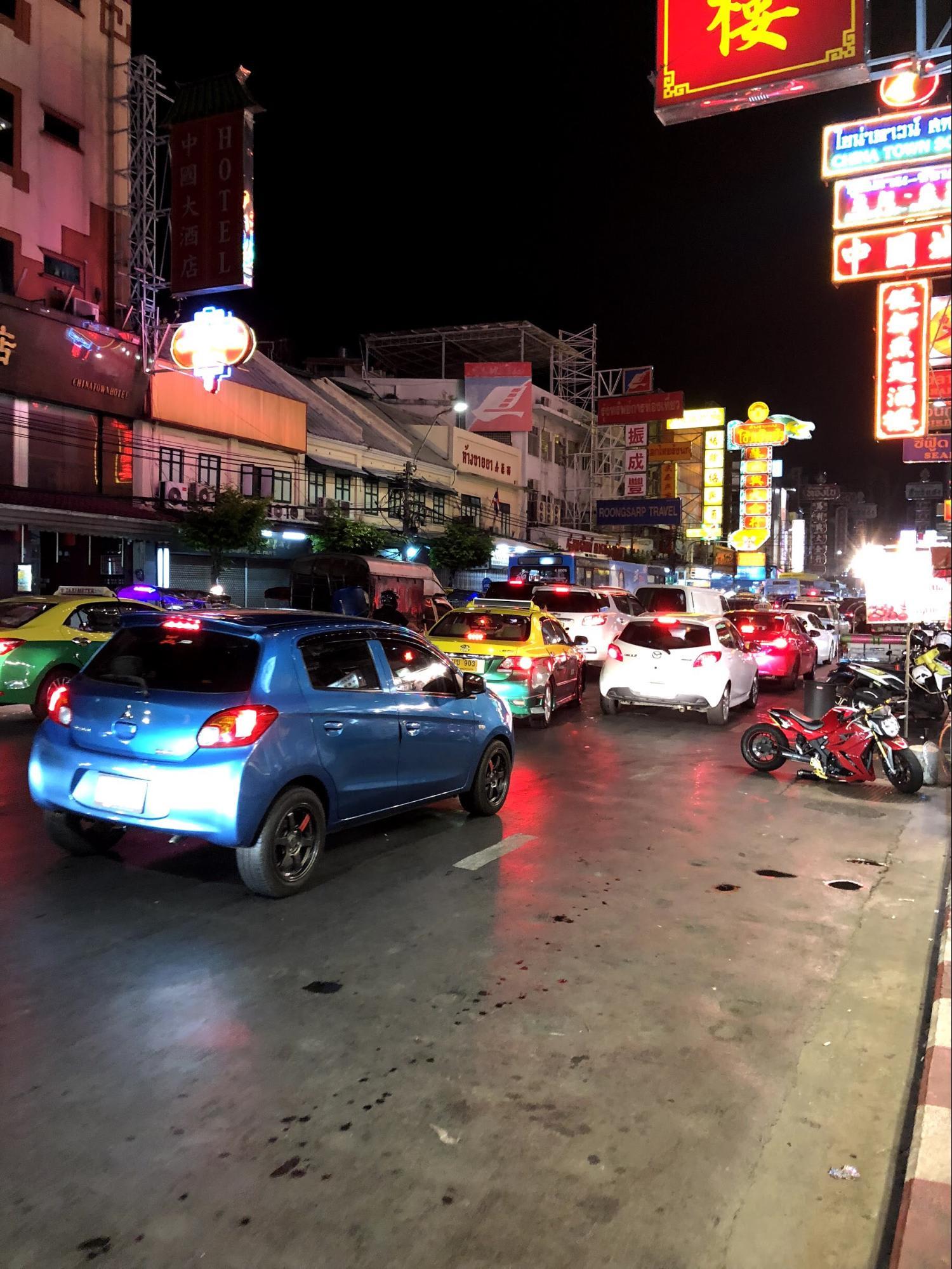 đường phố china town đêm