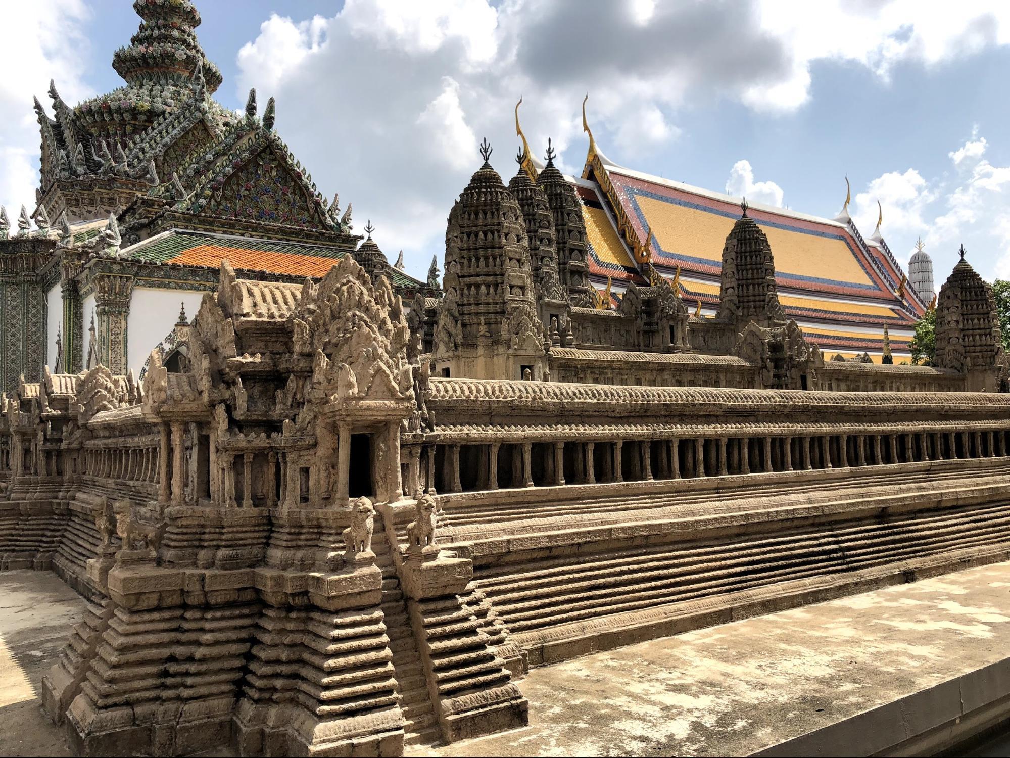 kiến trúc bên trong hoàng cung