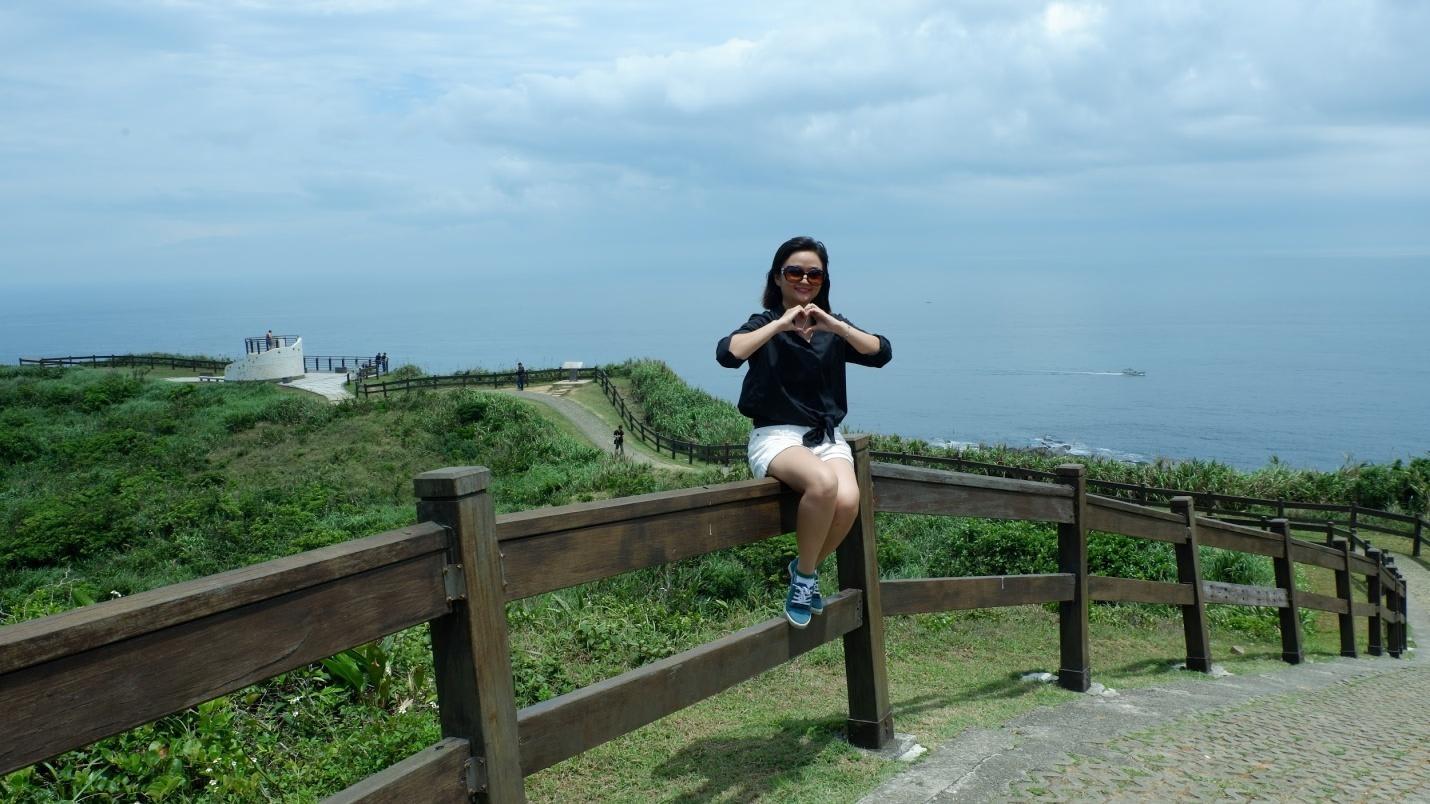góc nhìn ra biển từ hải đăng