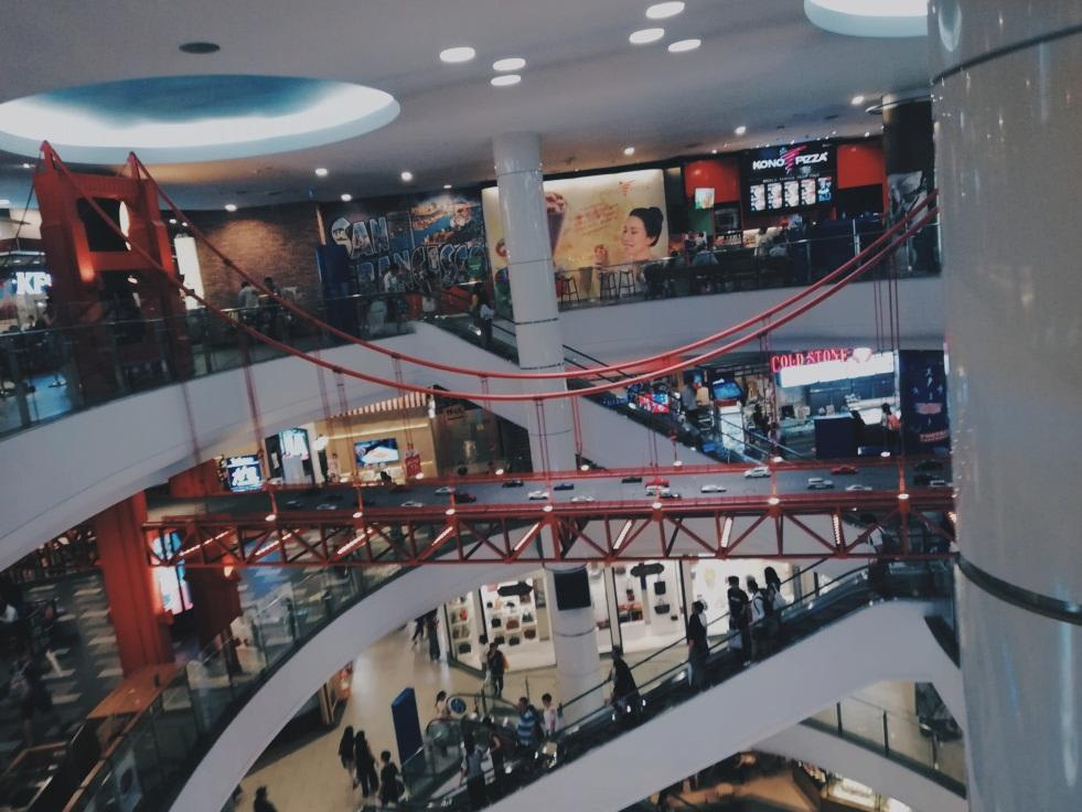 khu mua sắm superrich