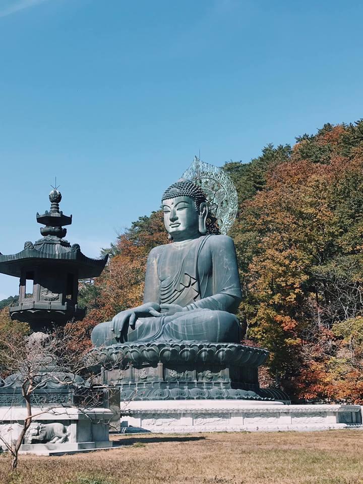tượng phật tại vườn quốc gia seoraksan