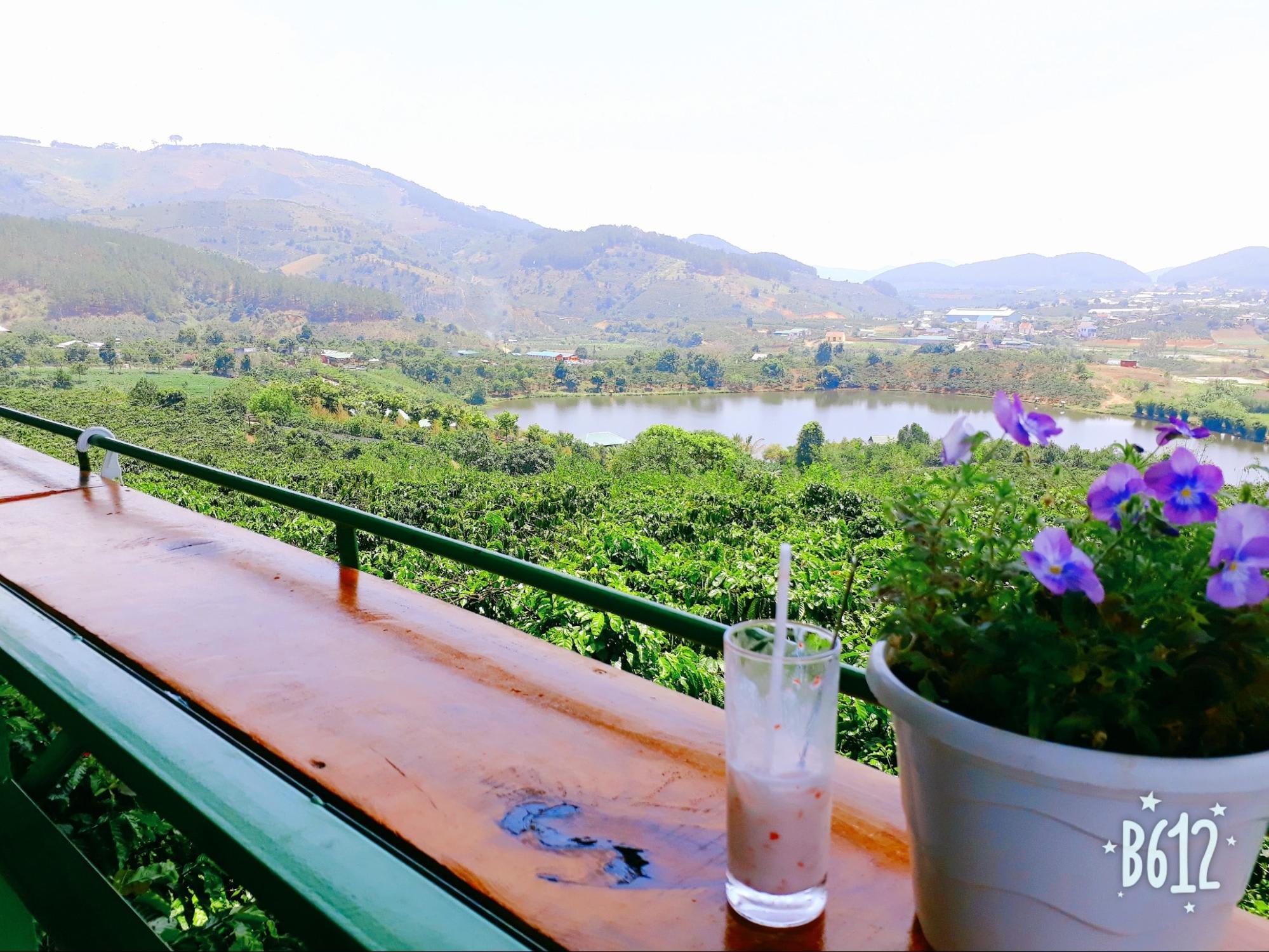 view từ mê linh coffee garden