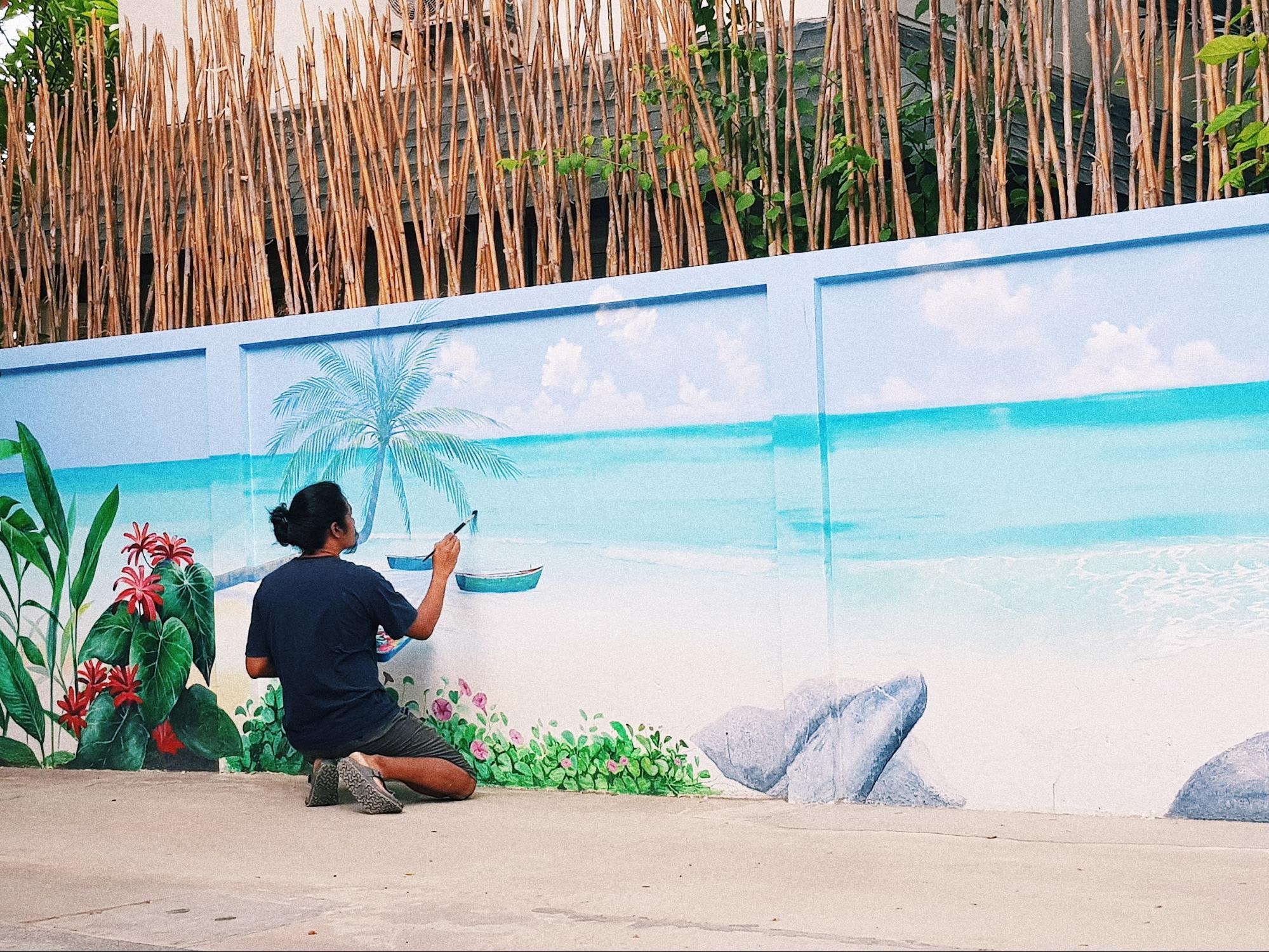 vẽ tranh tường tại khách sạn de paskani