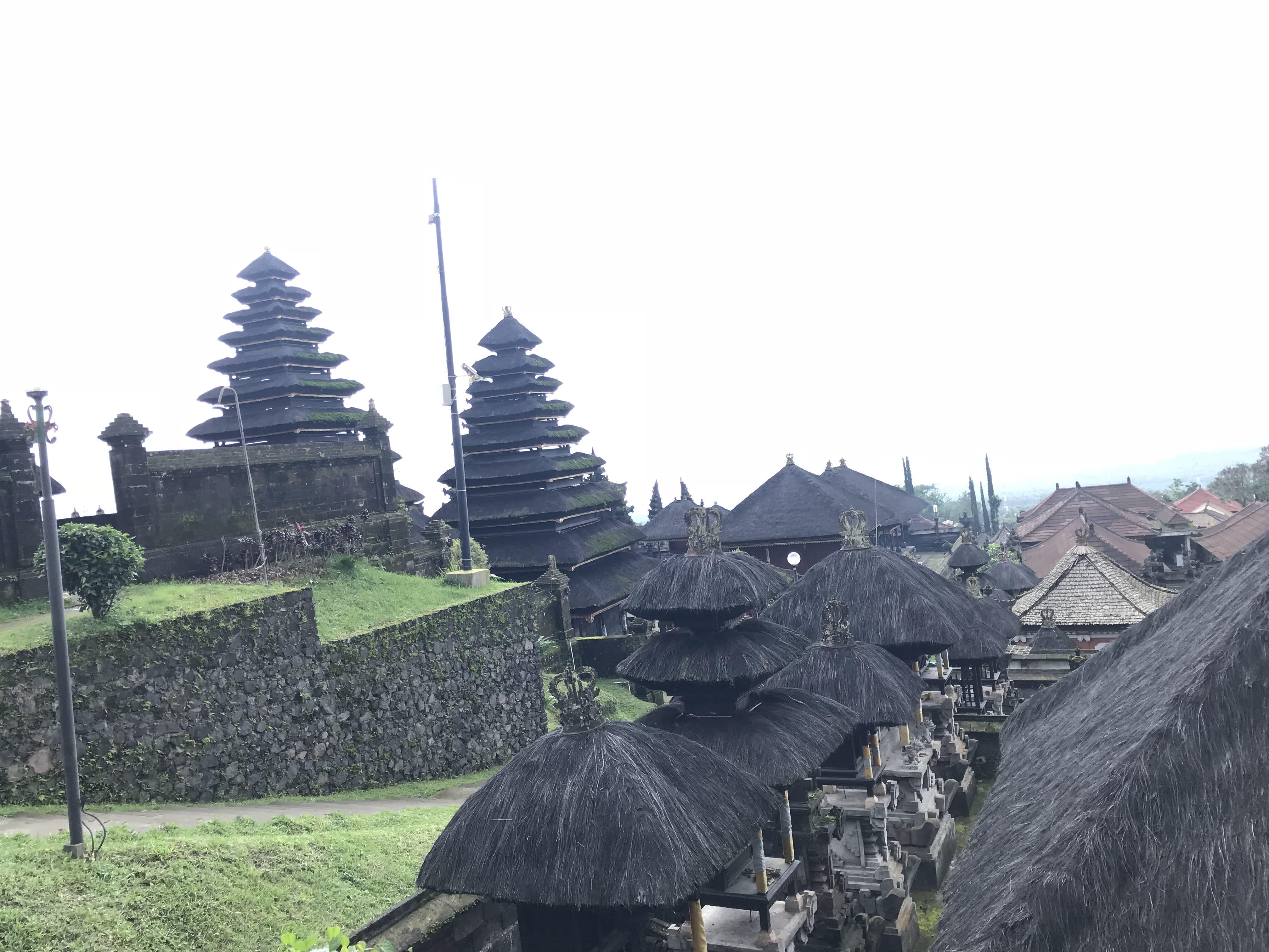 đền thờ mẹ bali indonesia