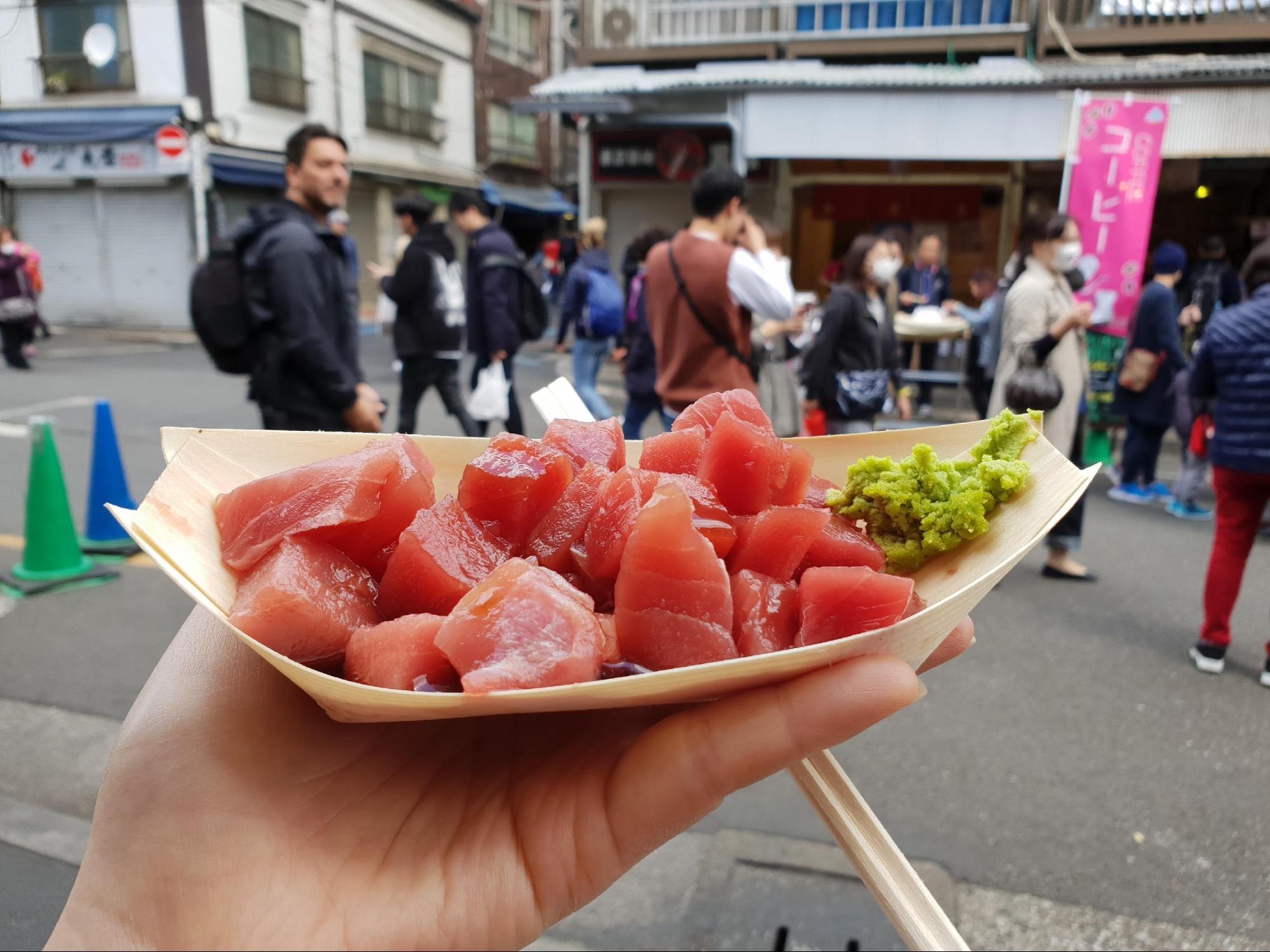 sashimi ở chợ cá tsukiji