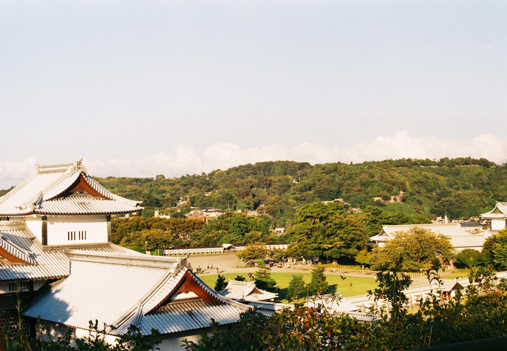 thành cổ kanazawa nhìn từ trên cao