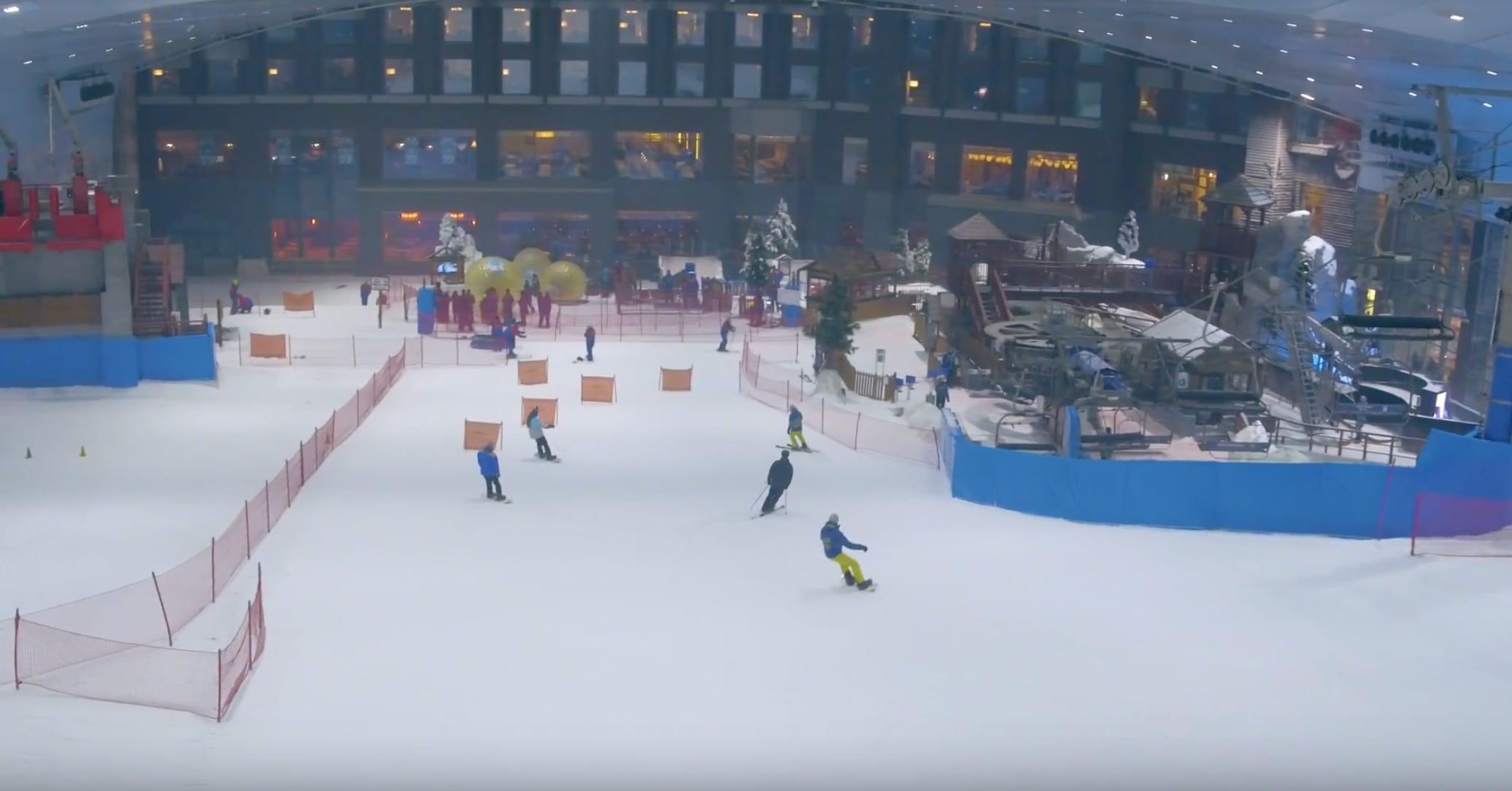 trượt băng trong nhà ở dubai