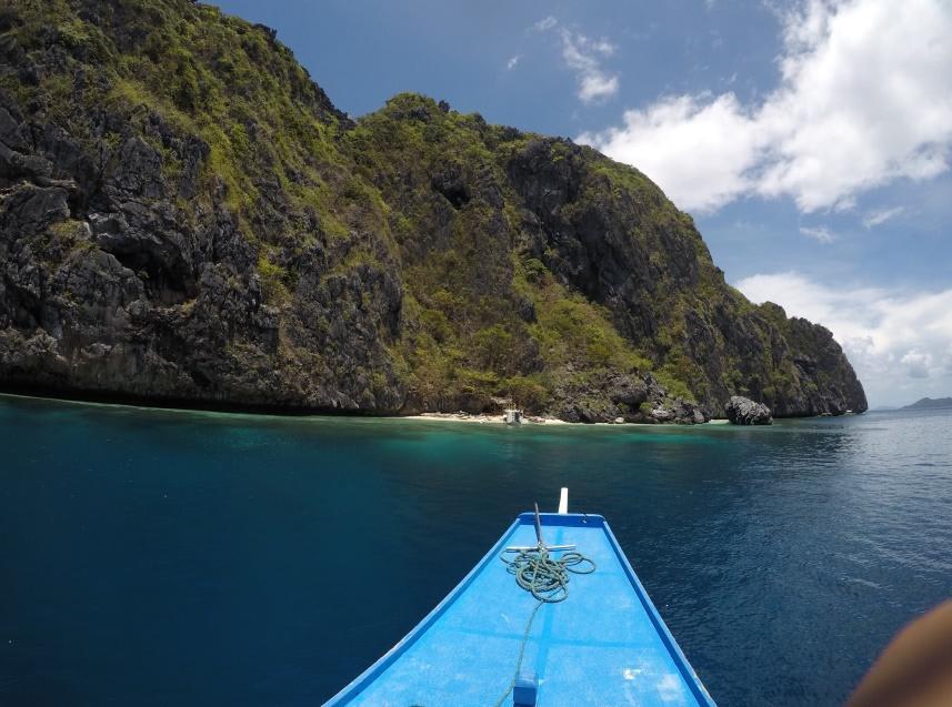 chèo thuyền trên biển ở el nido
