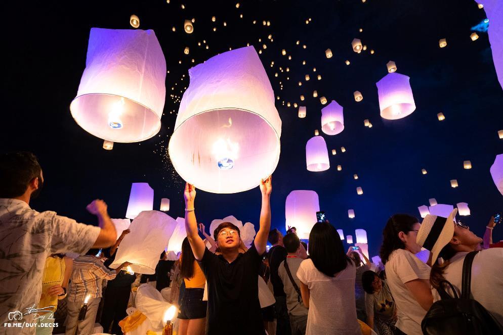 ki niem kho quen loy krathong festival 2018 le hoi den troi chiang mai1