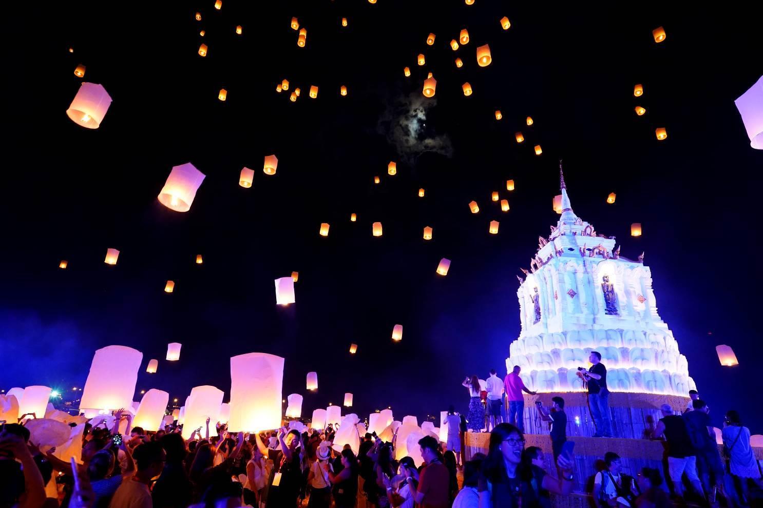ki niem kho quen loy krathong festival 2018 le hoi den troi chiang mai17