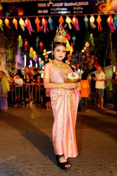 ki niem kho quen loy krathong festival 2018 le hoi den troi chiang mai4