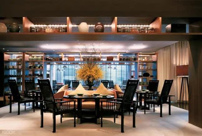 Cẩm nang thưởng thức ẩm thực Bangkok tại nhà hàng chứng nhận từ Michelin chỉ với 50K 17