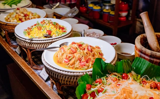 Vòng Quanh Châu Á Dịp Tết Nguyên Đán: Đi Đâu, Chơi Gì, Ăn Gì? 2020 khuyen mai buffet baiyoke thailand