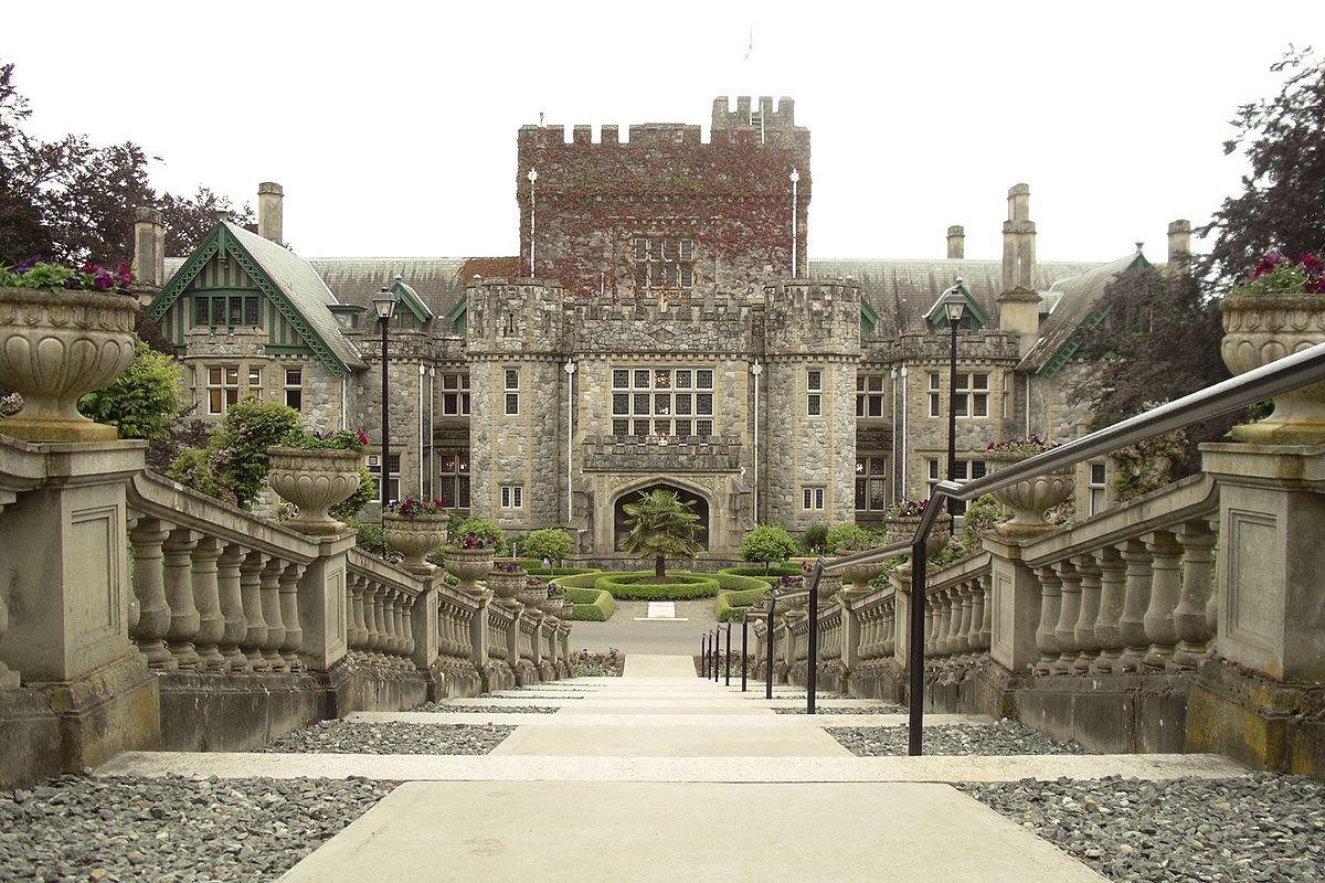 Hatley-Castle