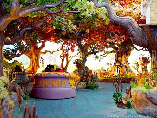 Pooh Hunny Hut Tokyo Disneyland