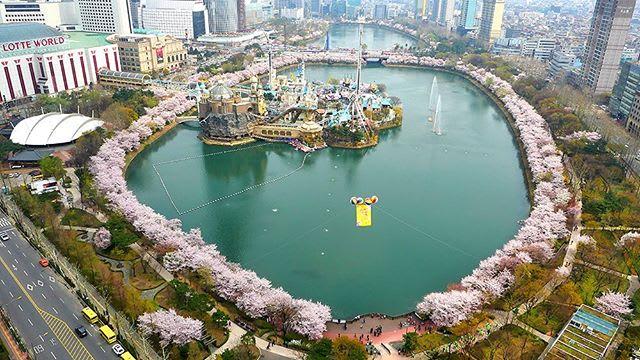 Seokchon Lake Lotte World
