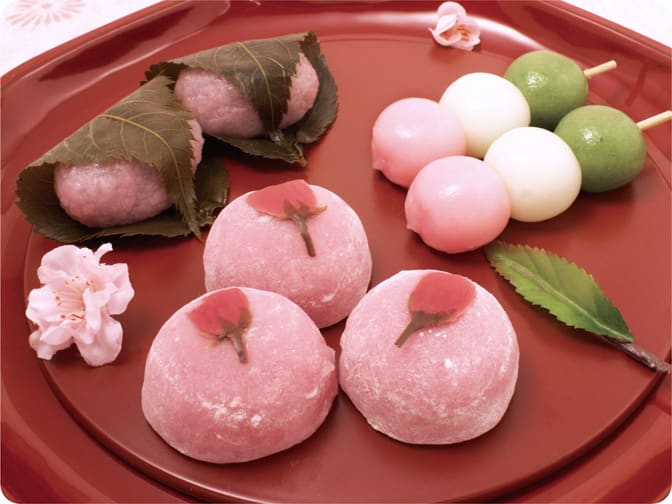 Hanami dango and mochi
