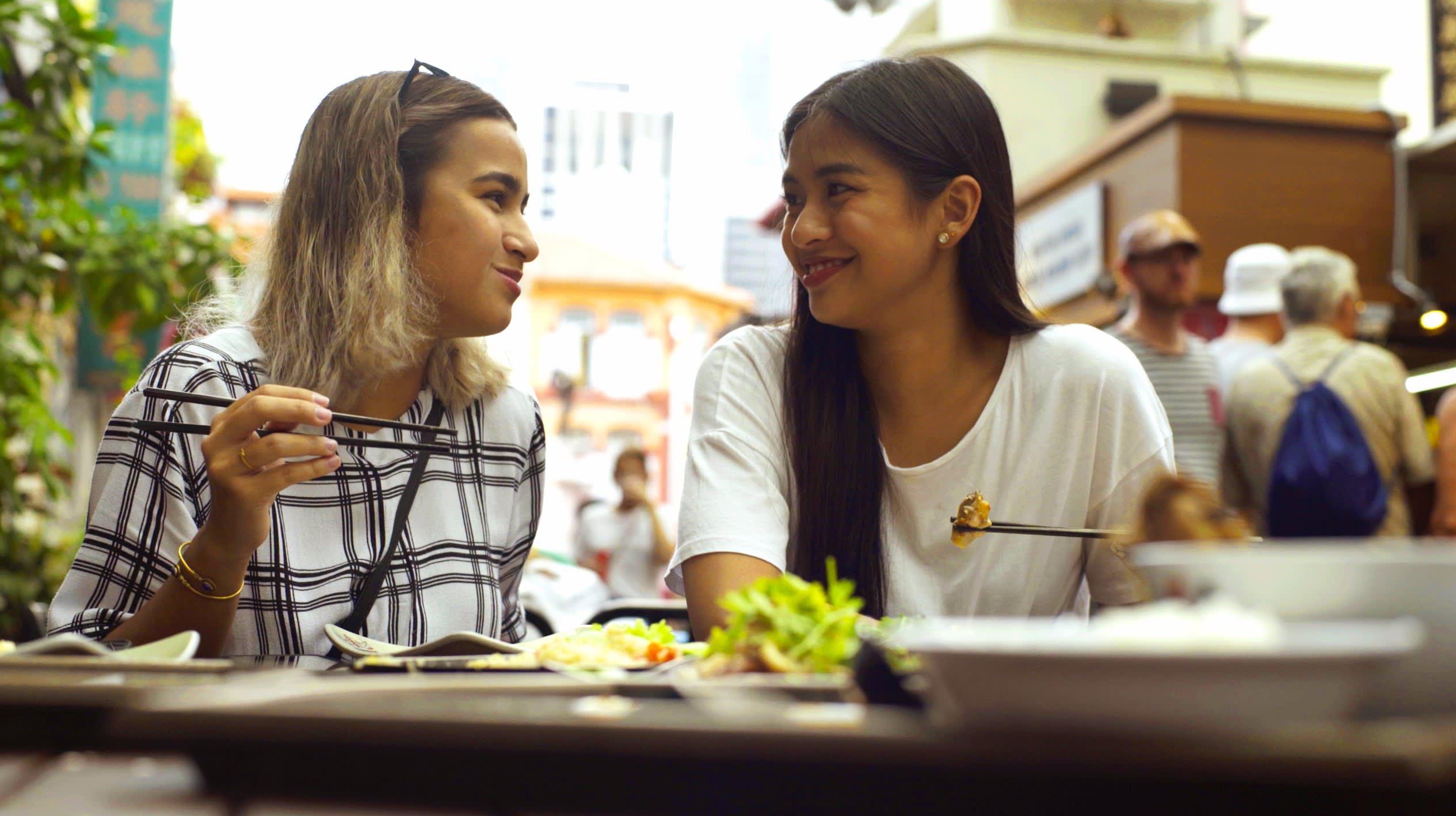 klook singapore gabbi garcia issa pressman chinatown food street