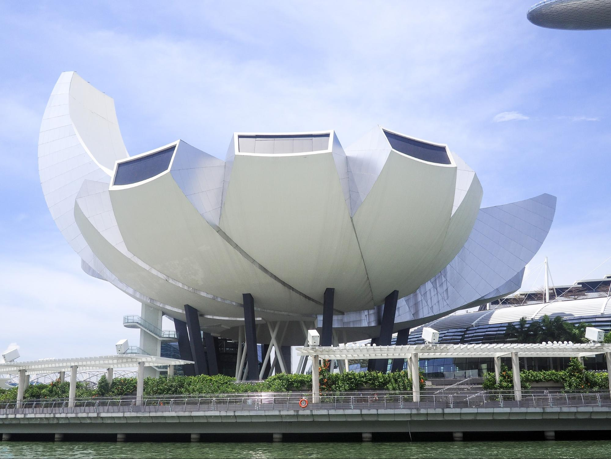 Singapore Marina Bay Art Science Museum