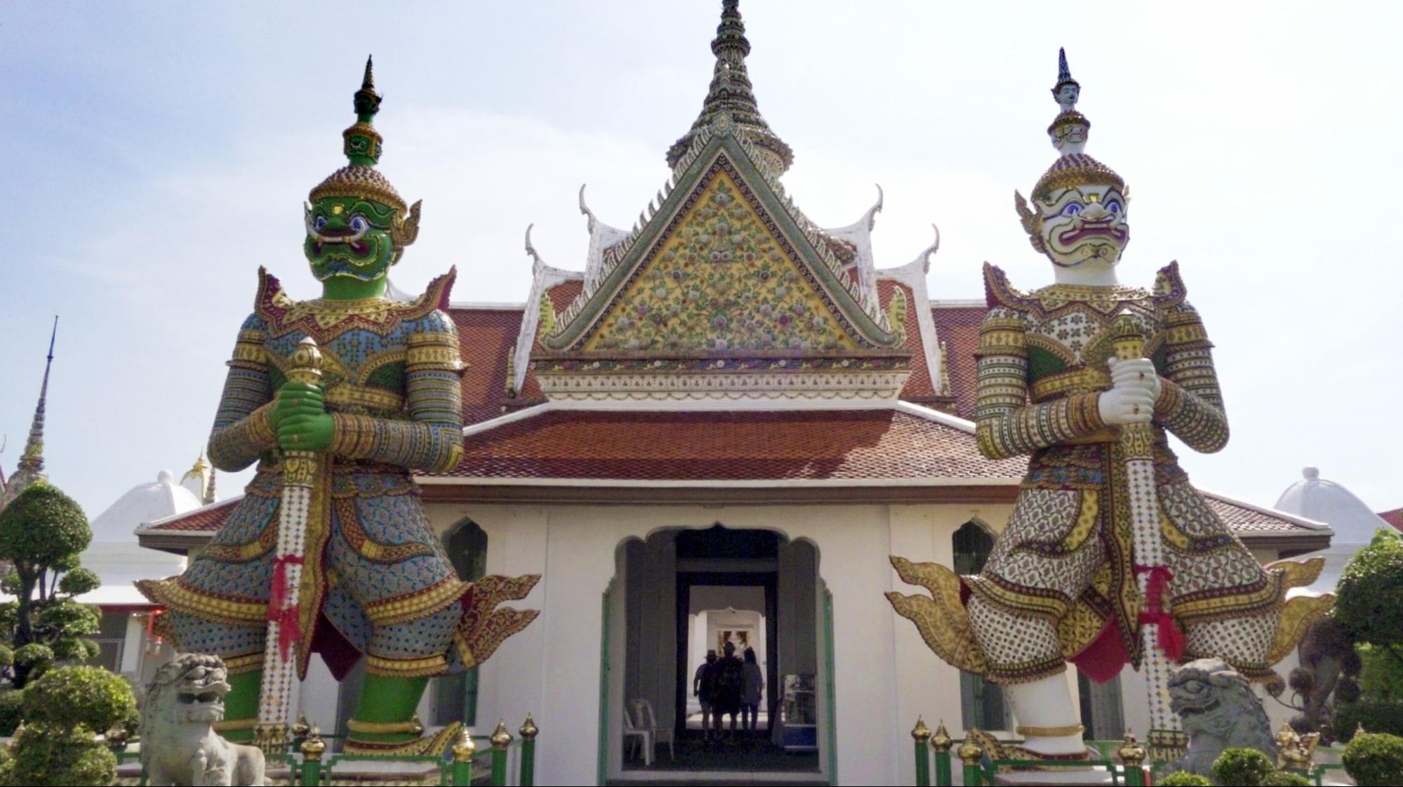 SAM YG Bangkok temples