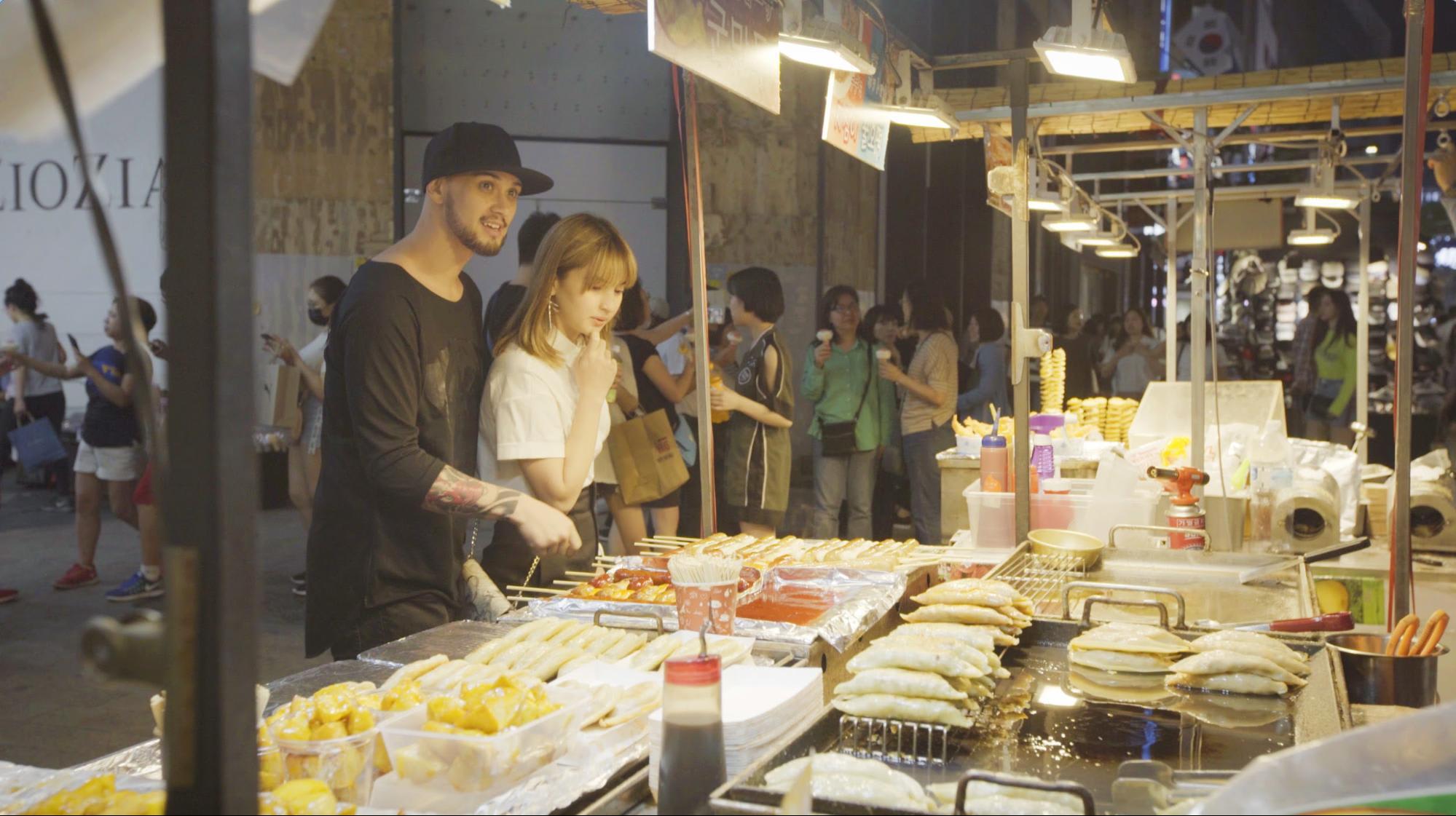 BILLY COLEEN SEOUL SOUTH KOREA korean street food
