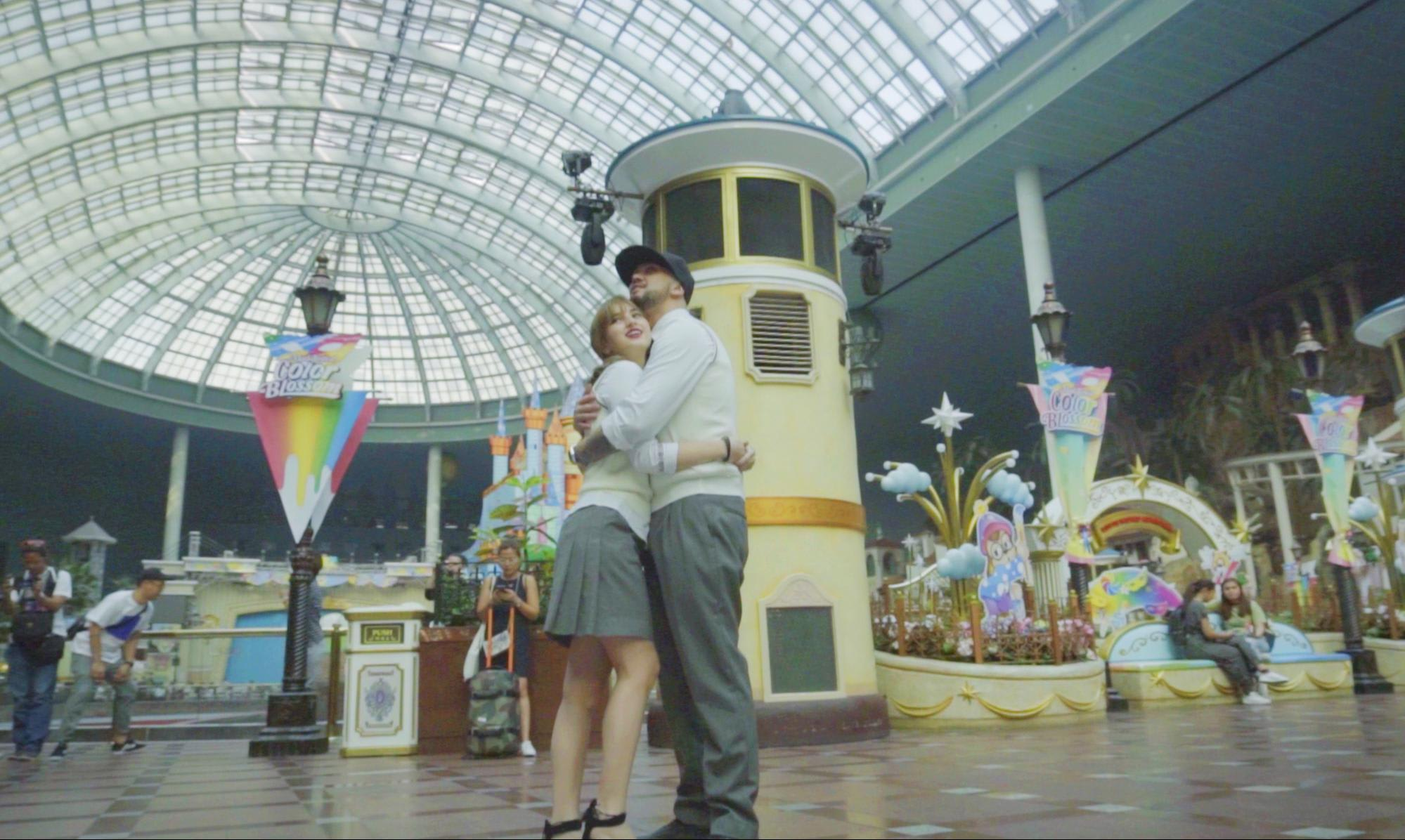 BILLY COLEEN SEOUL SOUTH KOREA lotte world