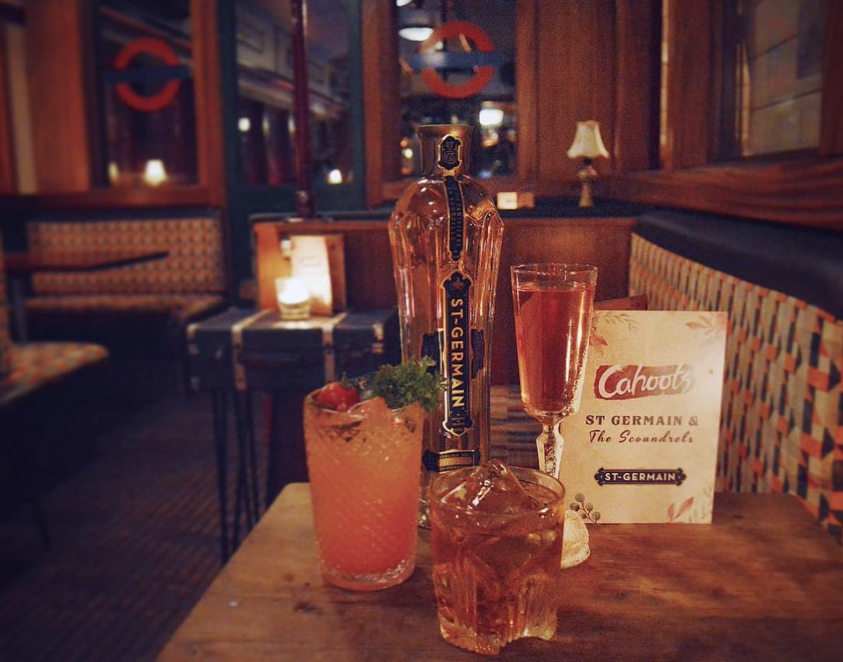 london pubs and bars cahoots london