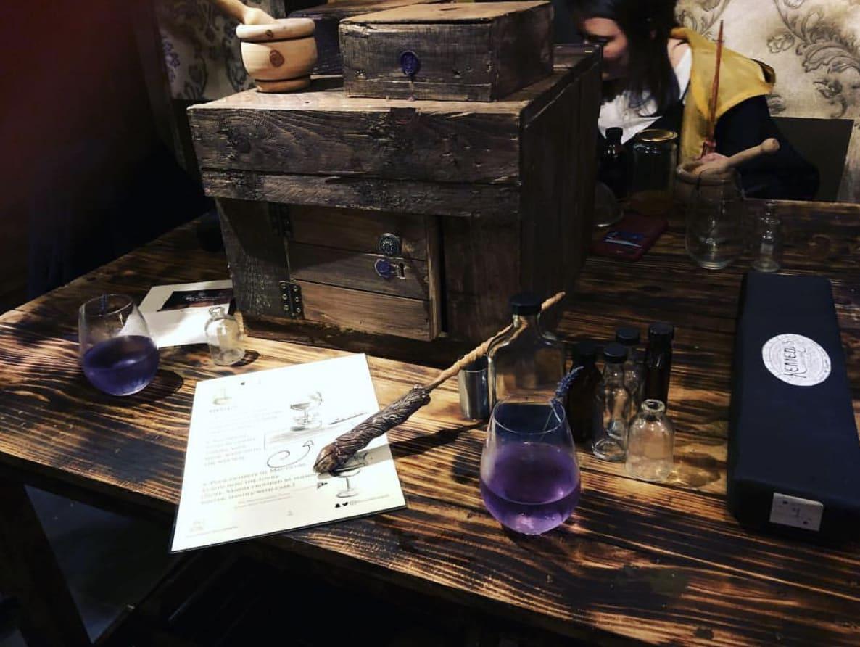 london pubs and bars the cauldron