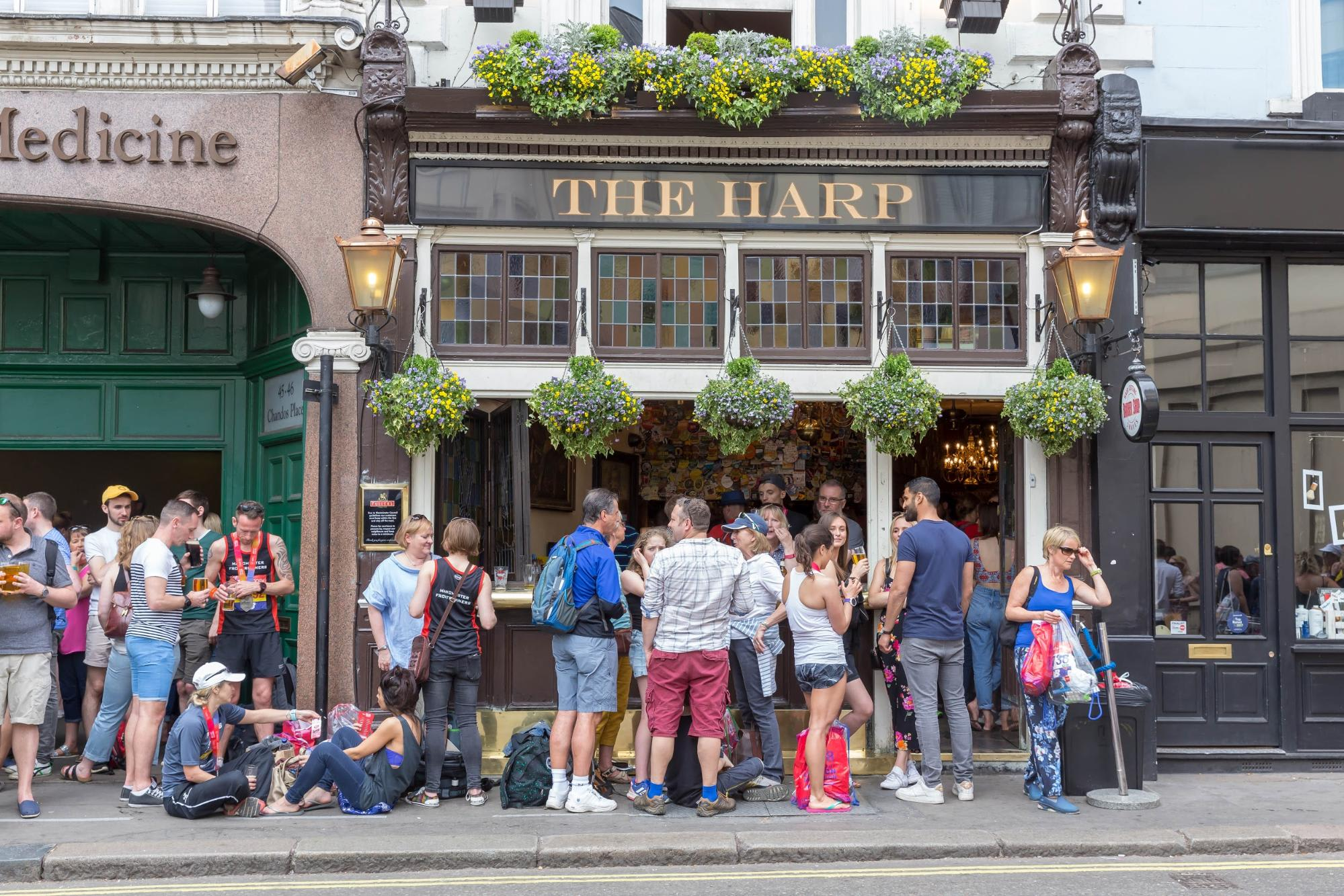 london pubs and bars the harp covent garden